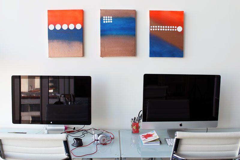 VELCRO®Brand Polkda Dot Art Computer Room
