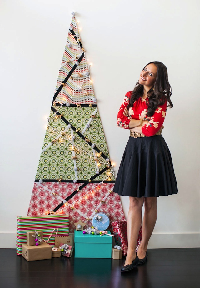 DIY_VELCRO®_Brand_Christmas_Tree_Brit