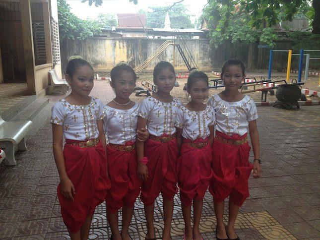 Velcro_Industries_Cambodian_Childrens_Fund_Girls