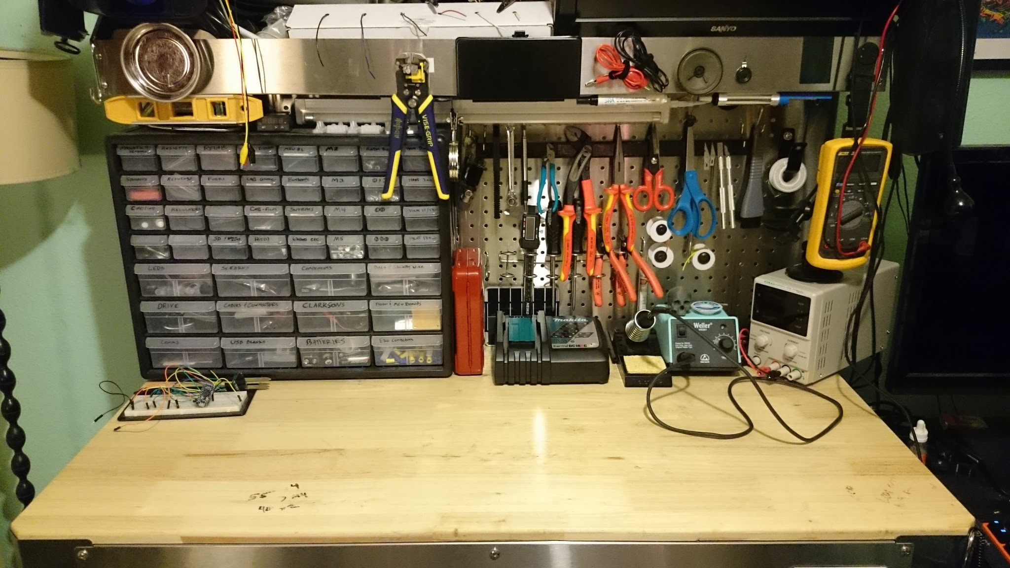 Astounding Six Hacks For Organizing Your Messy Workbench Gmtry Best Dining Table And Chair Ideas Images Gmtryco