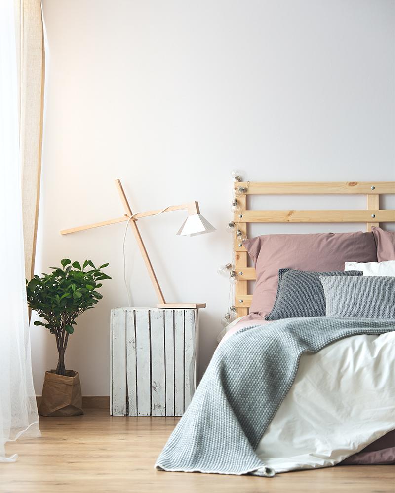 How to Declutter Your Bedroom 3