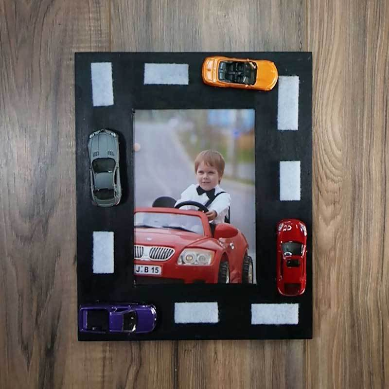 Upcycled-Old-Toy-Cars-Photo-Frame