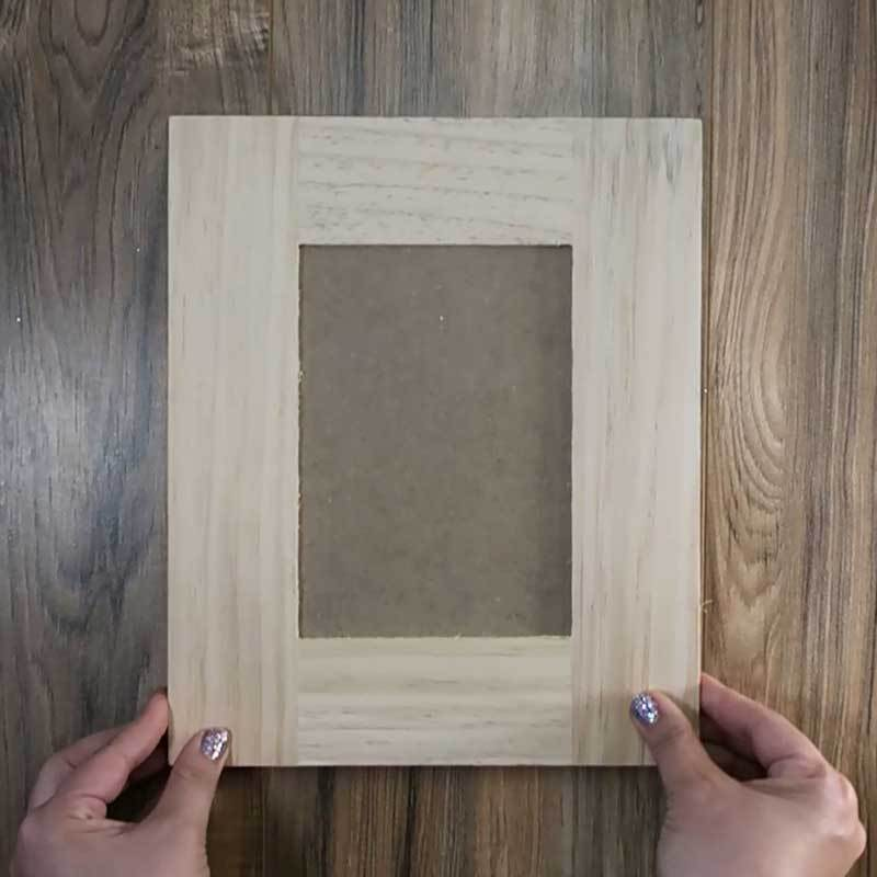 Wooden-Picture-Frame