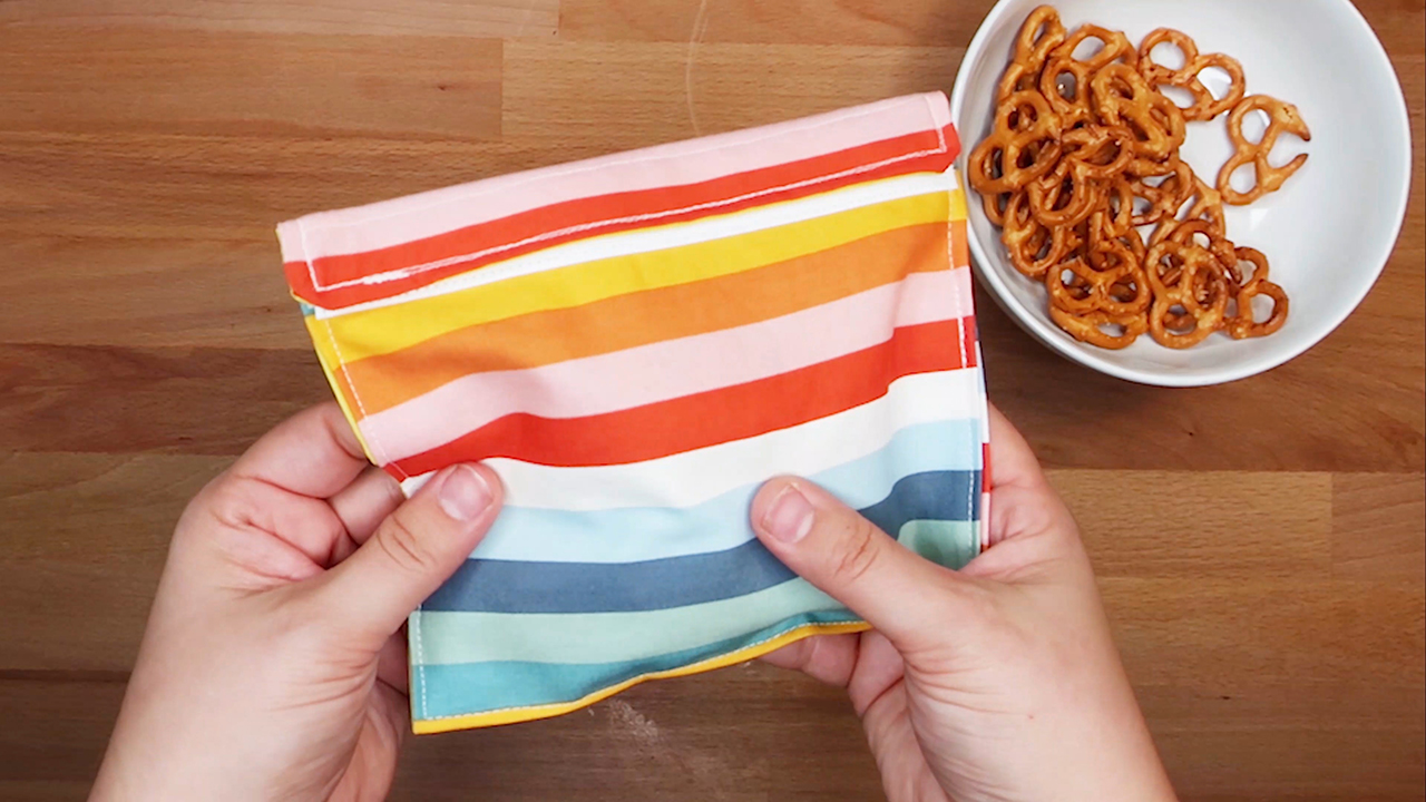 How to Make a DIY Reusable Snack Bag