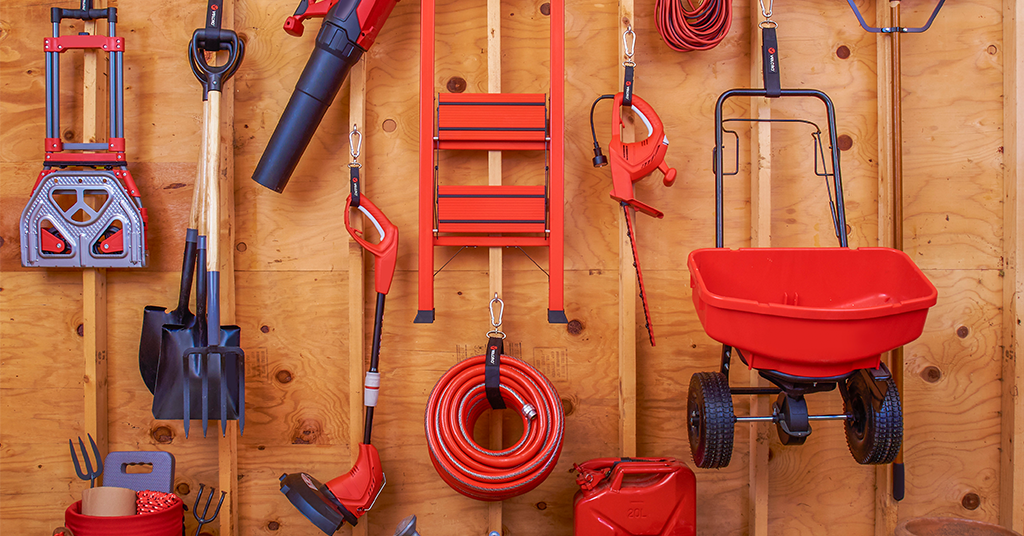 How to organize your garage for summer - cover