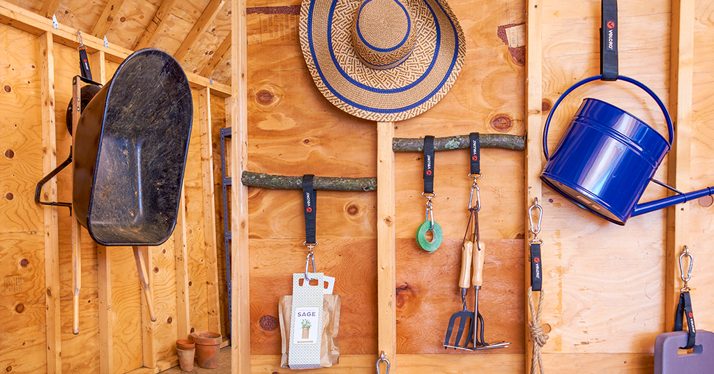 How to organize your garage for summer - gardening
