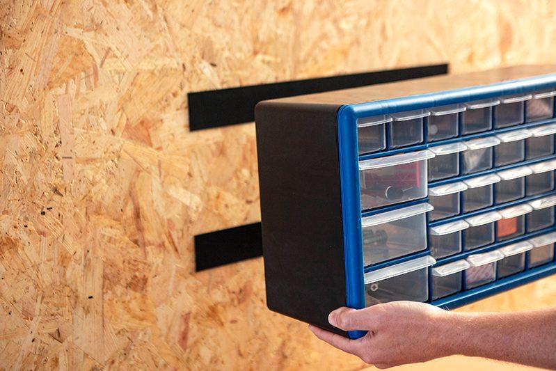 Workshop Organization hack 5: mount toolbox to wall