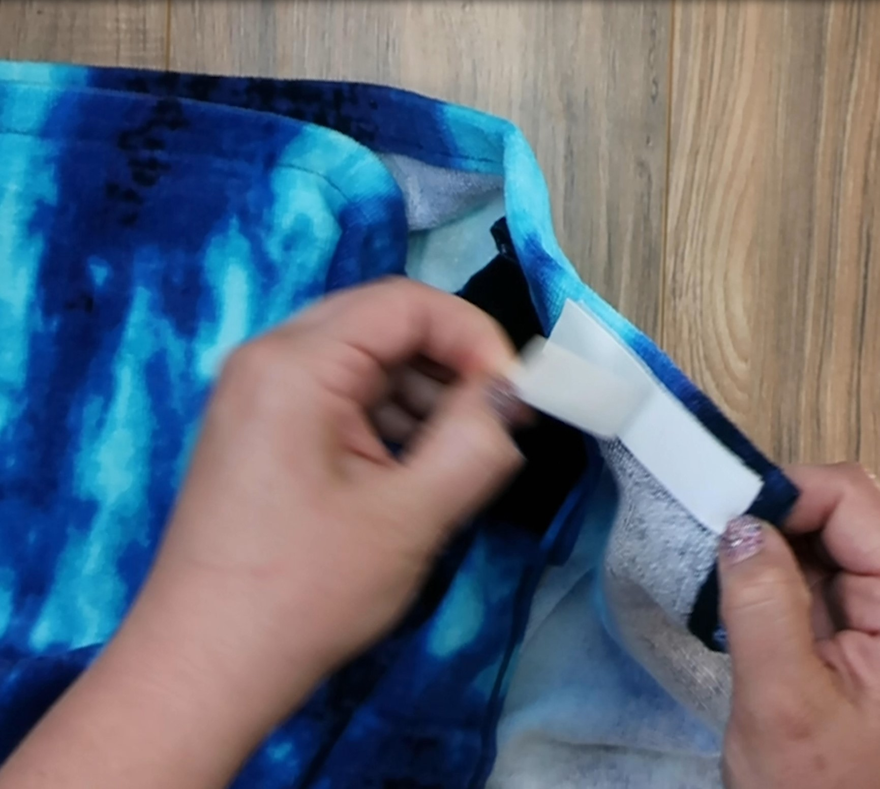 How to make a mermaid towel step 3b